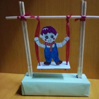 自制玩教具荡秋千.JPG