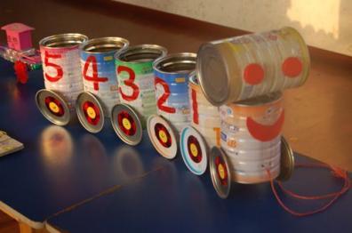 幼儿园自制玩教具 废旧材料手工制作 奶粉桶玩教具