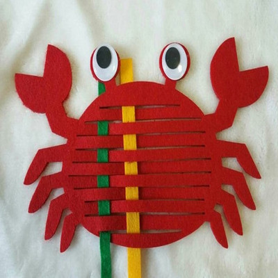 幼儿园区域游戏活动玩具编织螃蟹